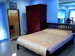 Baan Meesri Serviced Residence bed