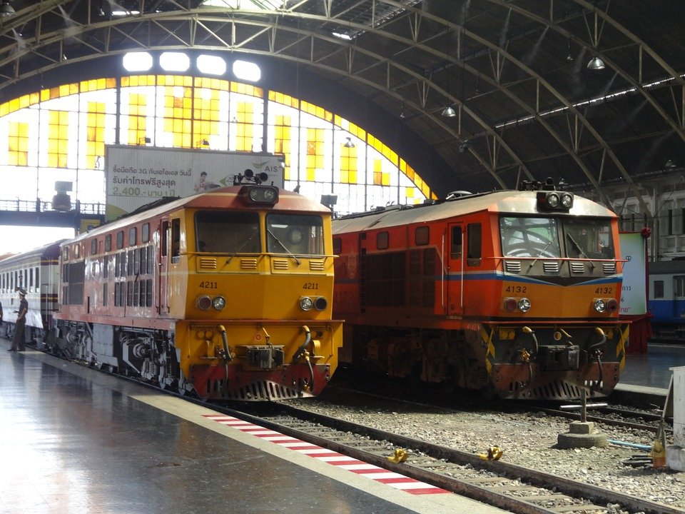 Trains ready to depart from Bangkok Hua Lamphong Train Station