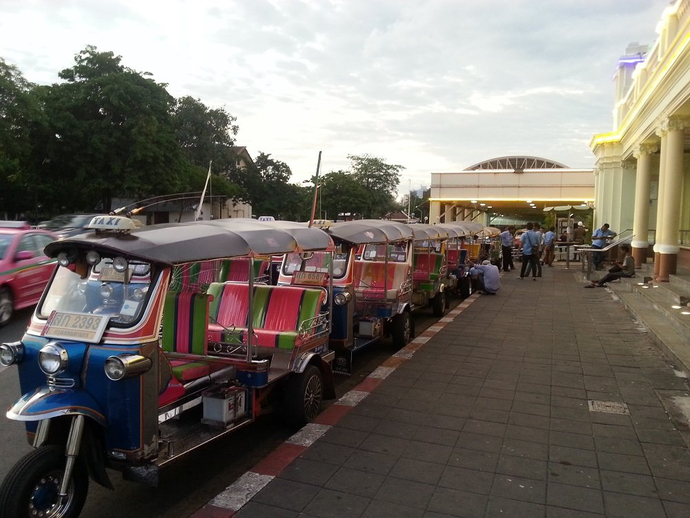 Tuk Tuks at Bangkok Train Station