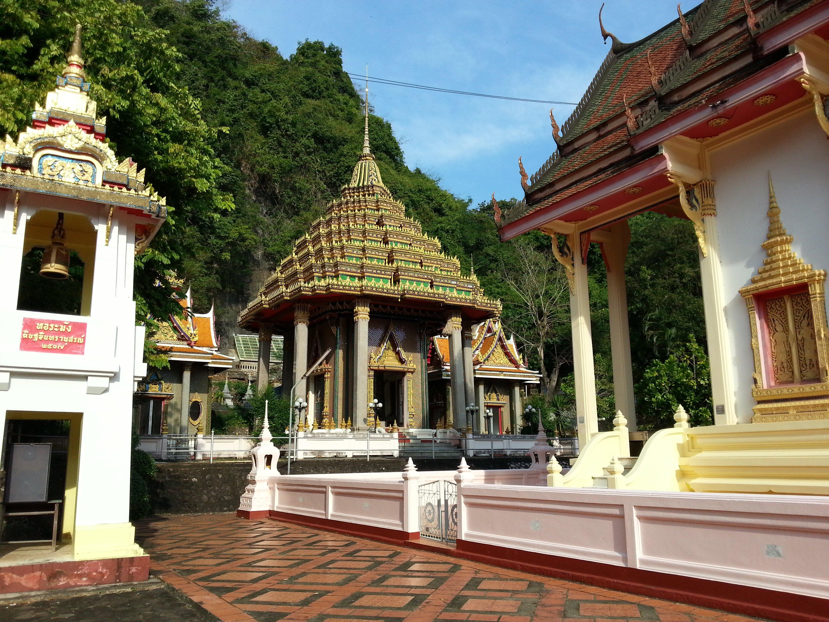 Wat Khuha Sawan in Phatthalung