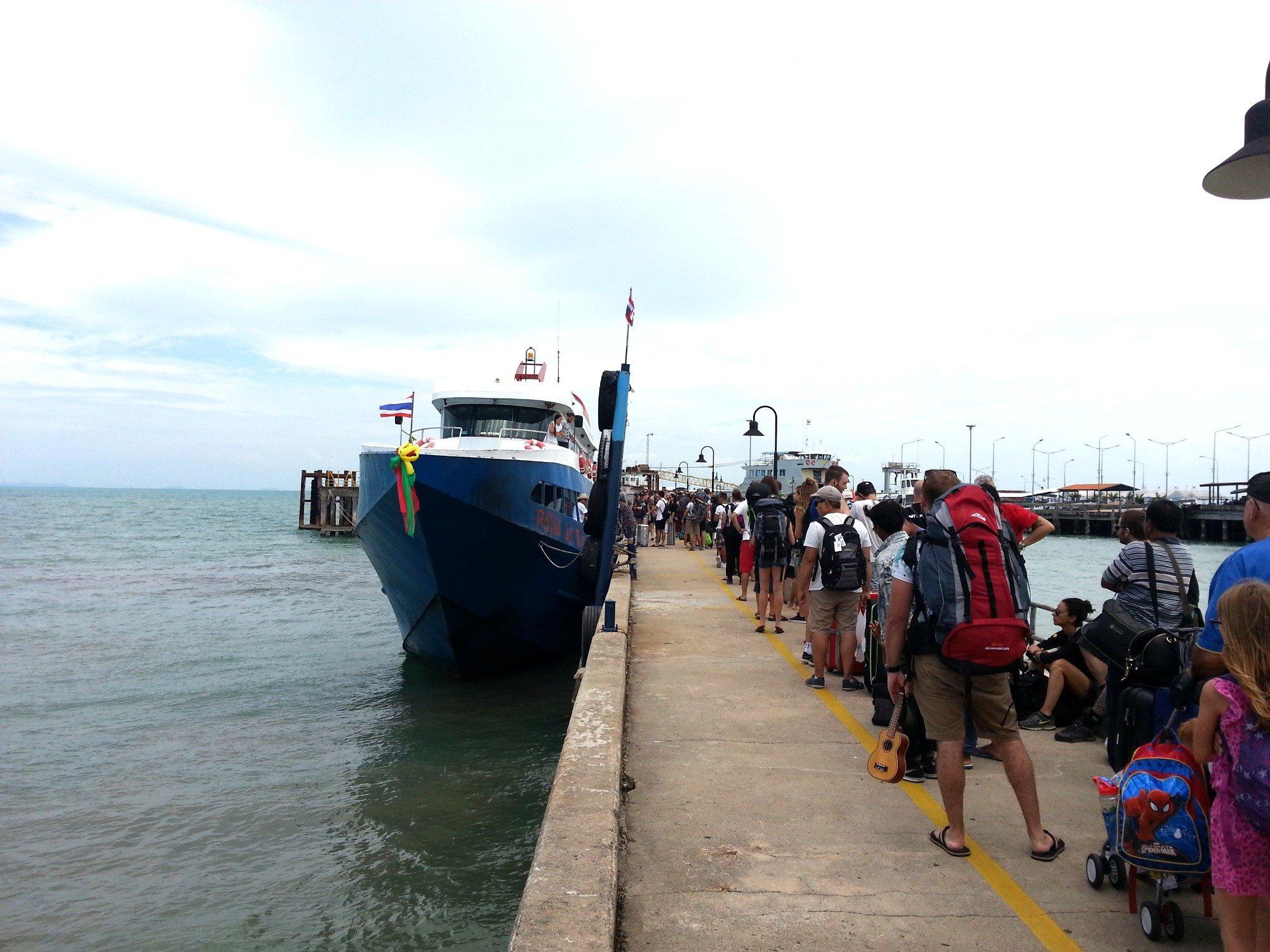 Na Thon Ferry Pier in Koh Samui