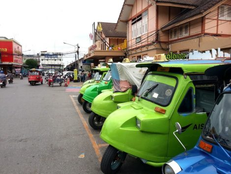 Tuk tuks at Phitsanulok Railway Station